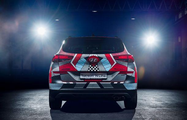 Hyundai promovează noul Tucson N Line într-un mod special: un exemplar a fost transformat în Art Car - Poza 8