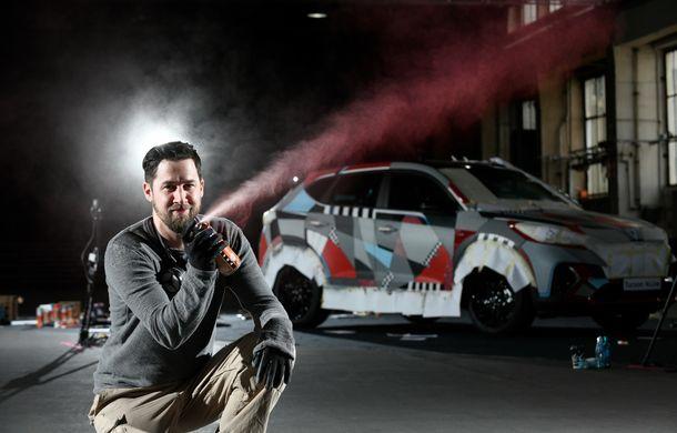 Hyundai promovează noul Tucson N Line într-un mod special: un exemplar a fost transformat în Art Car - Poza 23