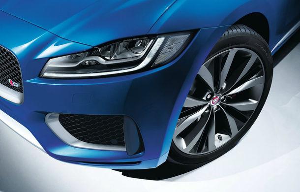 Viitorul Jaguar J-Pace va avea versiune 100% electrică: debutul SUV-ului este programat în 2021 - Poza 1