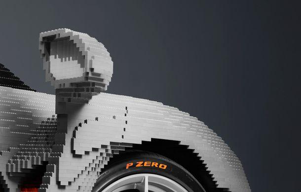 McLaren a dat în mintea copiilor: britanicii au asamblat un exemplar Senna în mărime naturală din piese Lego - Poza 5