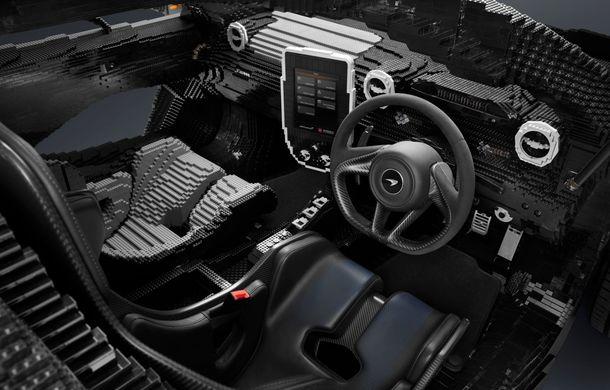 McLaren a dat în mintea copiilor: britanicii au asamblat un exemplar Senna în mărime naturală din piese Lego - Poza 6