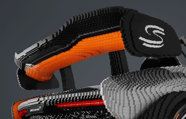 McLaren a dat în mintea copiilor: britanicii au asamblat un exemplar Senna în mărime naturală din piese Lego - Poza 7