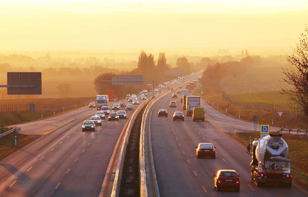 Noi sisteme de siguranță ar putea deveni obligatorii în Europa din 2022: frânarea automată de urgență și camera pentru marșarier sunt pe listă - Poza 1