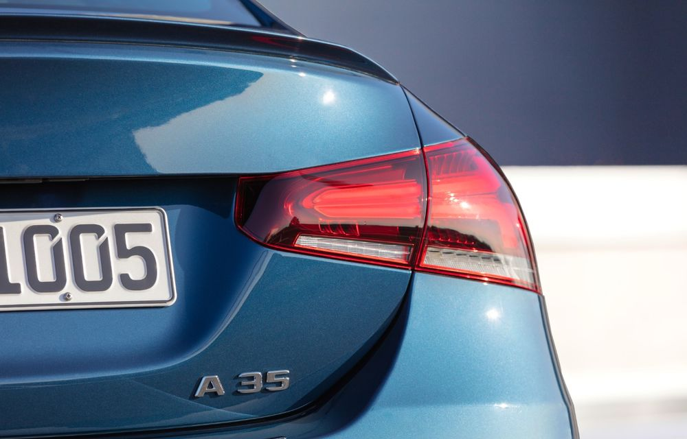 Mercedes a prezentat noul AMG A35 Sedan: 306 CP, tracțiune integrală și 0-100 km/h în 4.8 secunde - Poza 16