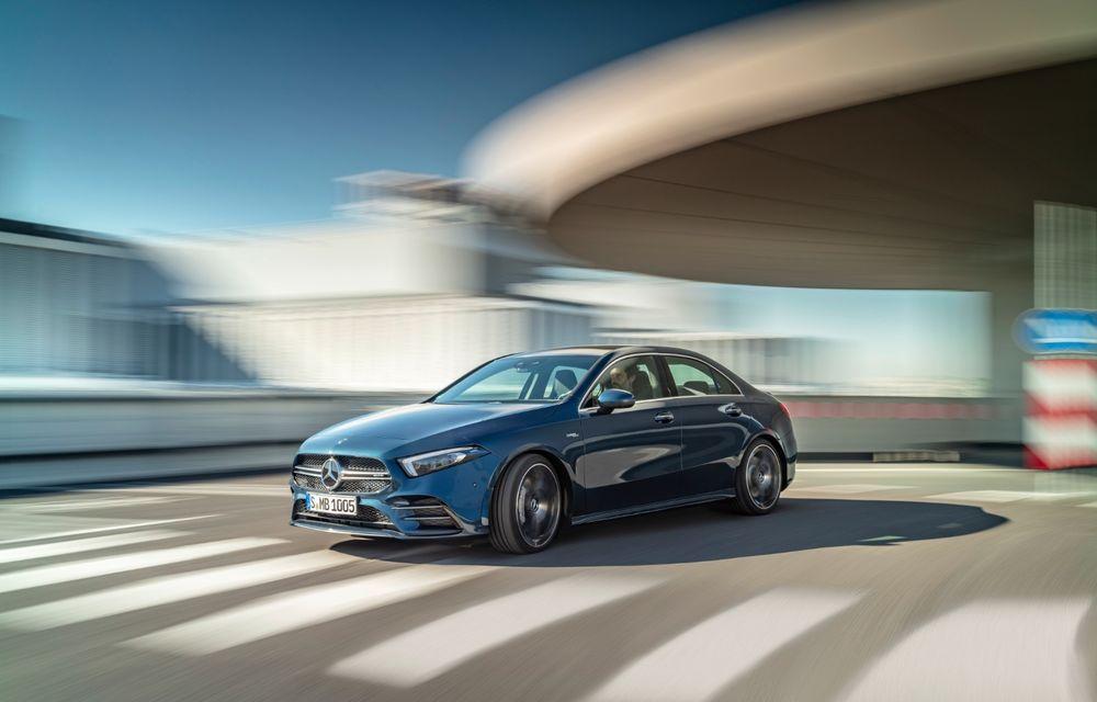 Mercedes a prezentat noul AMG A35 Sedan: 306 CP, tracțiune integrală și 0-100 km/h în 4.8 secunde - Poza 11