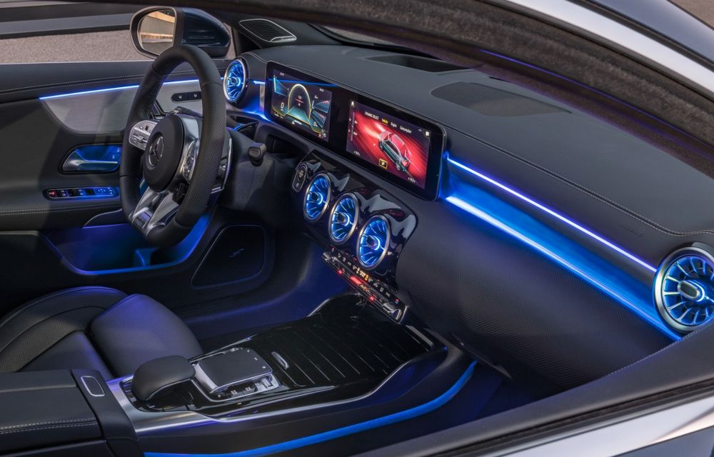 Mercedes a prezentat noul AMG A35 Sedan: 306 CP, tracțiune integrală și 0-100 km/h în 4.8 secunde - Poza 24
