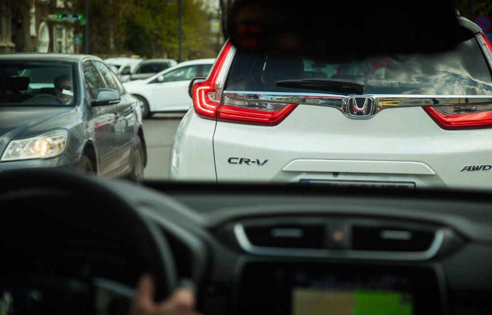 Comparativ de consum: Honda CR-V hibrid vs. Honda CR-V benzină în traficul din București - Poza 51