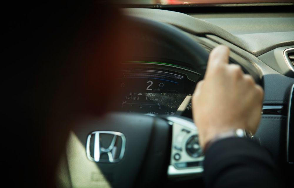 Comparativ de consum: Honda CR-V hibrid vs. Honda CR-V benzină în traficul din București - Poza 44