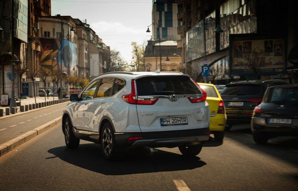 Comparativ de consum: Honda CR-V hibrid vs. Honda CR-V benzină în traficul din București - Poza 25