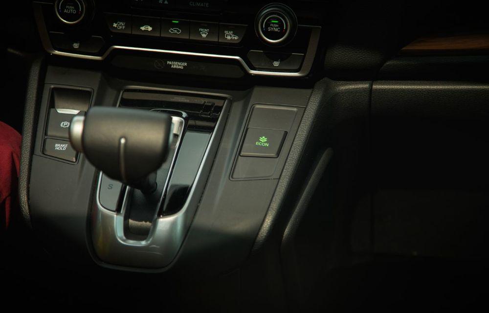 Comparativ de consum: Honda CR-V hibrid vs. Honda CR-V benzină în traficul din București - Poza 53
