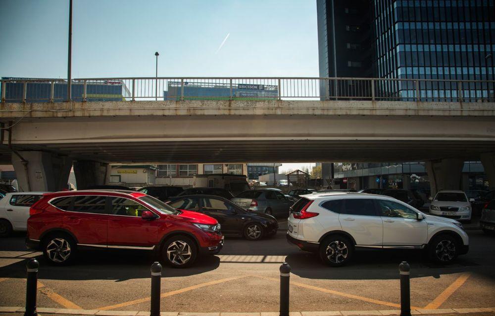 Comparativ de consum: Honda CR-V hibrid vs. Honda CR-V benzină în traficul din București - Poza 11