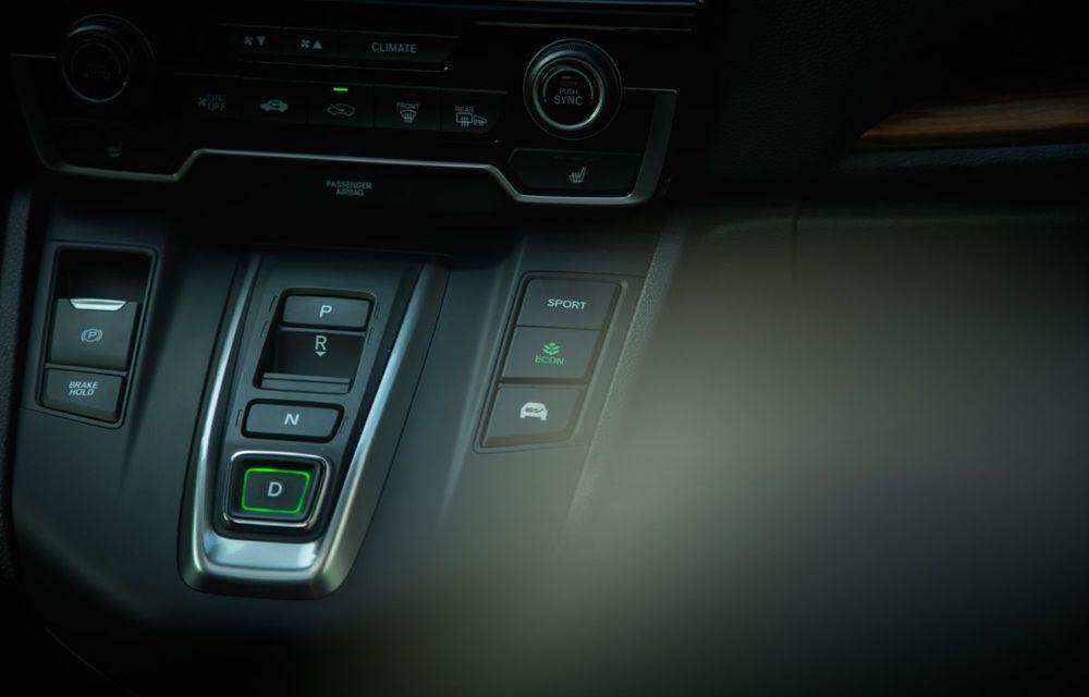 Comparativ de consum: Honda CR-V hibrid vs. Honda CR-V benzină în traficul din București - Poza 45