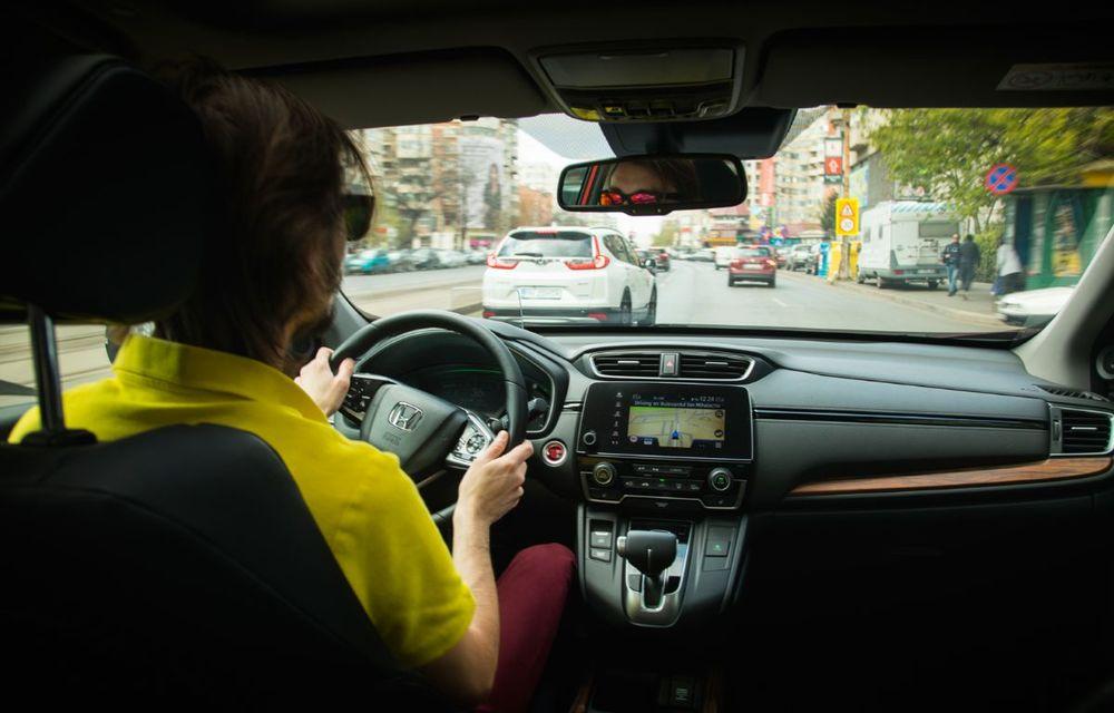 Comparativ de consum: Honda CR-V hibrid vs. Honda CR-V benzină în traficul din București - Poza 50