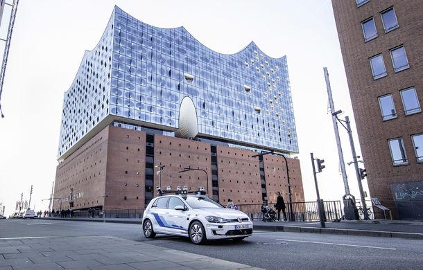 Volkswagen a început testele cu mașini autonome: cinci unități e-Golf folosesc un traseu de 3 kilometri din Hamburg - Poza 4