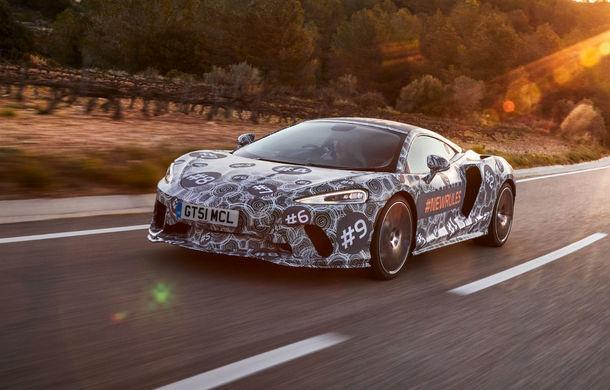 McLaren prezintă imagini noi cu viitorul său Grand Tourer: noul model cu motor V8 va fi dezvăluit în luna mai - Poza 1
