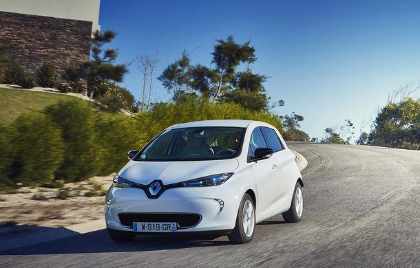 Noua generație Renault Zoe sosește în vară: modificări minore de design, interior inspirat de la Clio și autonomie de 400 de kilometri - Poza 1