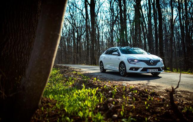 Test drive Renault Megane Sedan