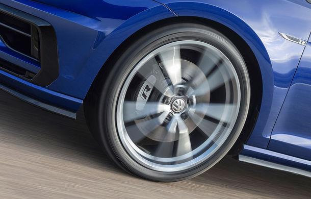 """Volkswagen nu renunță la ideea unui Hot Hatch extrem: inginerii pregătesc un Golf R Plus cu """"circa 400 CP"""" - Poza 1"""