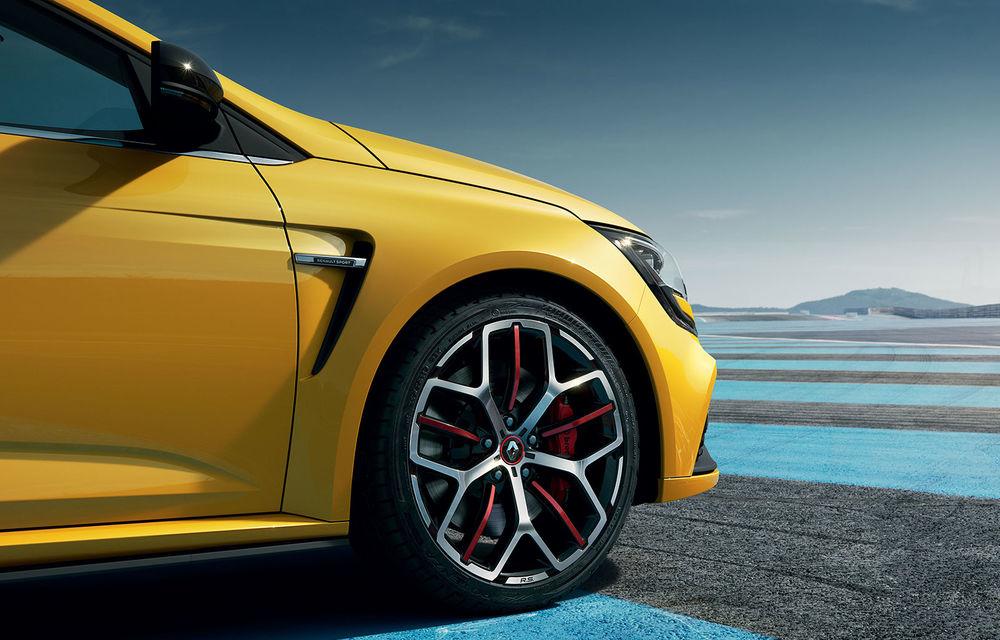 Ultimele pregătiri pentru lansarea noului Renault Megane RS Trophy-R: cel mai rapid Megane RS, surprins în teste la Nurburgring - Poza 1
