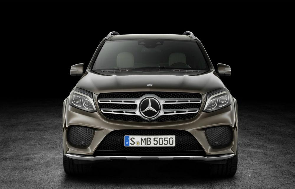Noua generație Mercedes-Benz GLS va fi prezentată la New York: SUV-ul nemților promite mai mult spațiu interior și mai mult confort - Poza 1