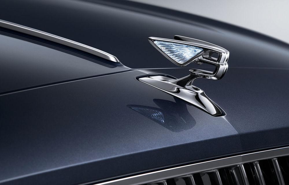Primele teasere cu noul Bentley Flying Spur: lansarea va avea loc în 2019 - Poza 1