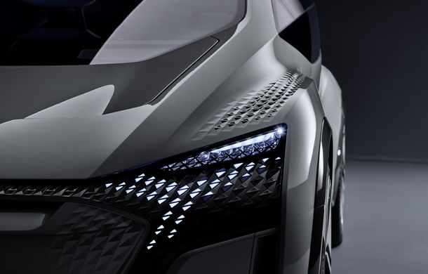 Primul teaser cu conceptul electric și autonom Audi AI:me: prezentarea oficială va avea loc în 15 aprilie - Poza 1