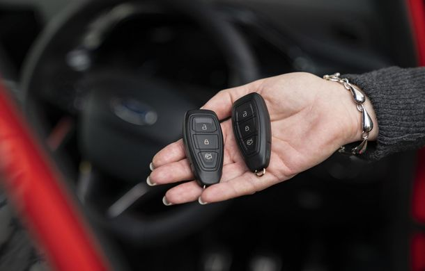 Ford a găsit un răspuns isteț la hoții tehnologizați: cheia inteligentă care intră în modul Sleep când nu e folosită - Poza 1