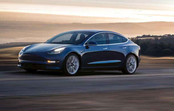 Tesla introduce o versiune mai accesibilă pentru Model 3 în Europa: autonomie de 415 kilometri pentru aproape 43.000 de euro - Poza 1