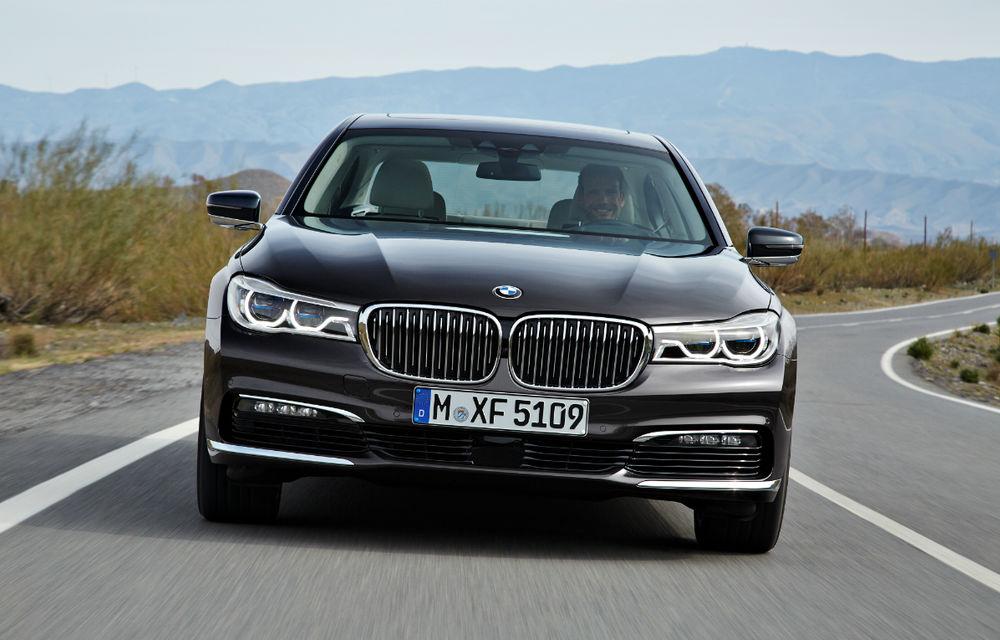 """BMW neagă o alianță extinsă cu Daimler: """"Nu avem planuri să dezvoltăm un model compact cu o companie rivală"""" - Poza 1"""