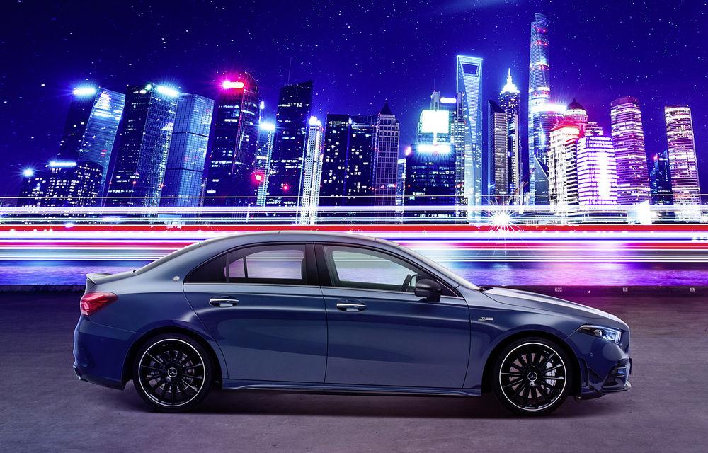 Mercedes-AMG A35 L: sedanul de performanță primește o versiune cu ampatament mărit pentru China - Poza 1
