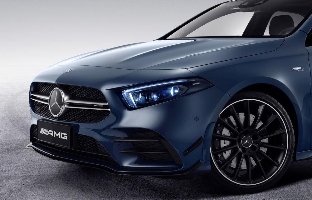 Mercedes-AMG A35 L: sedanul de performanță primește o versiune cu ampatament mărit pentru China - Poza 6