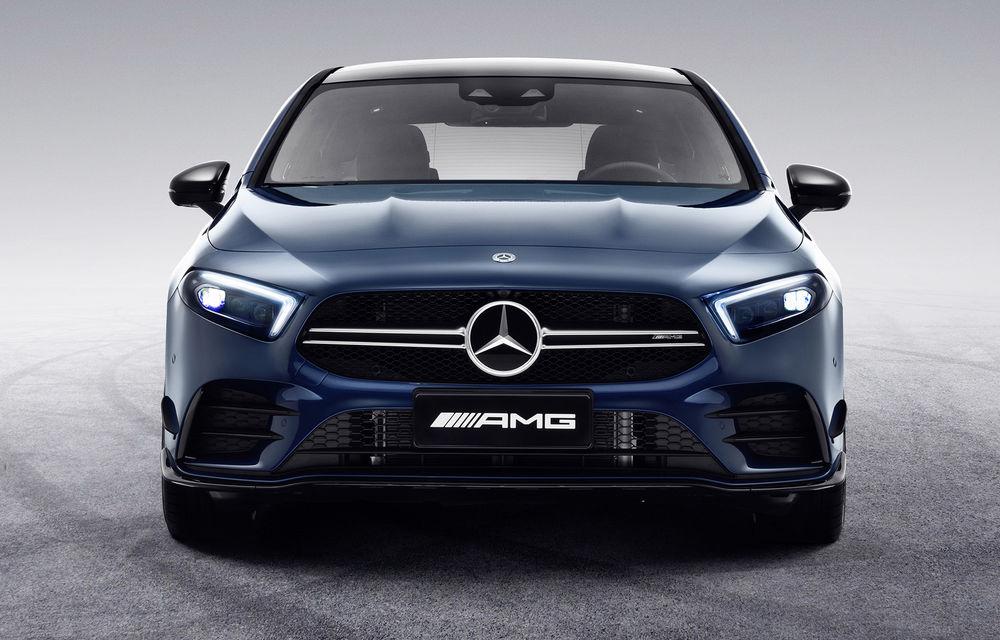 Mercedes-AMG A35 L: sedanul de performanță primește o versiune cu ampatament mărit pentru China - Poza 3