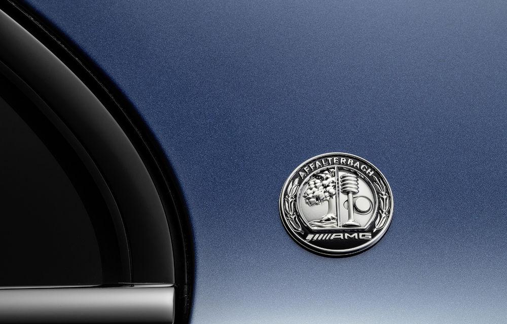 Mercedes-AMG A35 L: sedanul de performanță primește o versiune cu ampatament mărit pentru China - Poza 8