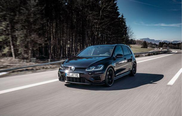 Tunerul ABT și-a îndreptat atenția către Volkswagen Golf R: Hot Hatch-ul nemților primește o suspensie mai rigidă și un plus de 50 CP - Poza 2