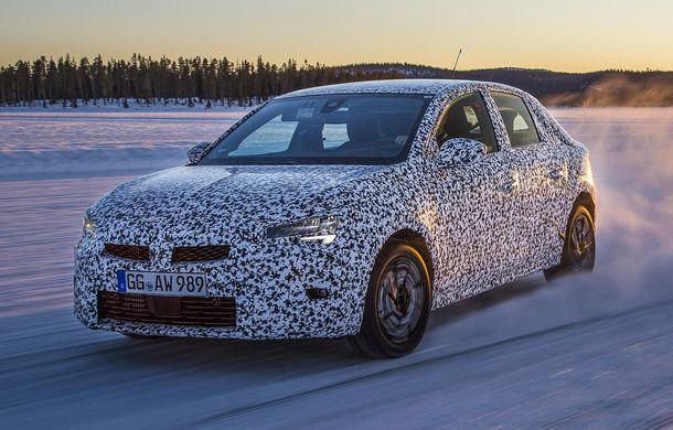Primele imagini sub camuflaj cu noua generație Opel Corsa: vânzările încep în vară inclusiv pentru versiunea electrică - Poza 3