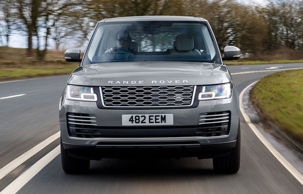 Range Rover primește versiunea P400: motor pe benzină de 3.0 litri, 400 CP și sistem mild-hybrid - Poza 1