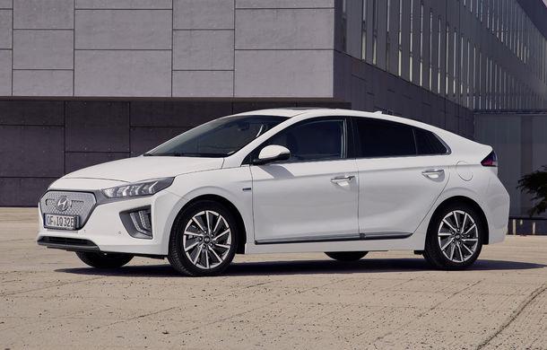 Hyundai Ioniq Electric facelift: modelul electric primește un motor de 136 CP și o baterie cu autonomie de aproape 300 de kilometri - Poza 1