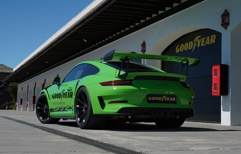 Fiesta de pe Ascari: am condus Alpine A110, Porsche 911 GT3 RS și Ferrari 488 GTB la testul noilor anvelope Goodyear F1 Asymmetric 5 și SuperSport - Poza 11