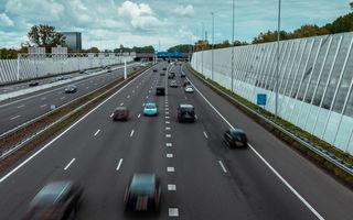 """Amsterdam va interzice circulația mașinilor diesel și pe benzină din 2030: """"Speranța de viață va crește cu un an"""""""
