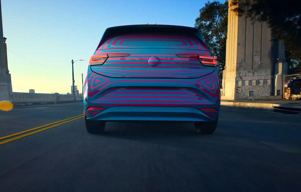 """Imagini și informații despre Volkswagen ID, """"scăpate"""" în clipuri oficiale publicate din greșeală: numele hatchback-ului electric va fi ID.3 - Poza 2"""