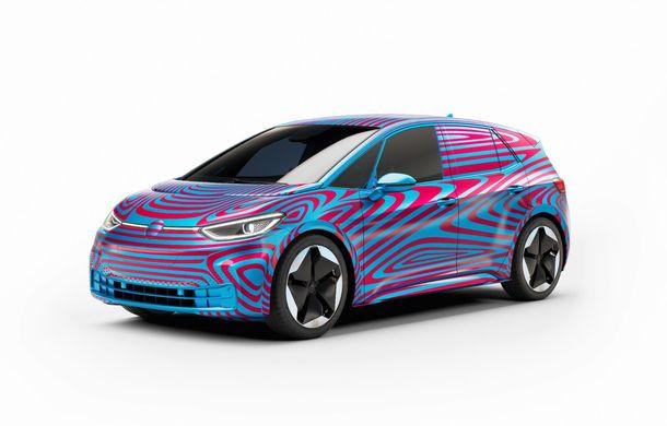 """""""Golf-ul electricelor"""" e aici. VW deschide pre-comenzile pentru hatchback-ul electric ID.3: autonomie între 330 și 550 de km și avans de 1.000 de euro pentru versiunea de lansare - Poza 5"""