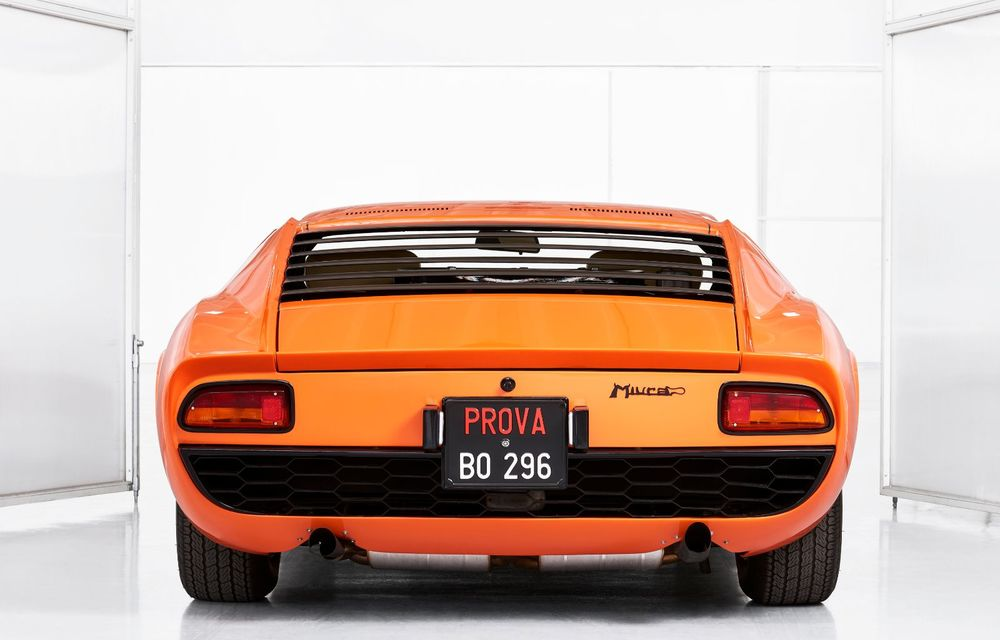 Vedetă cu acte în regulă: Lamborghini a identificat exemplarul Miura folosit în pelicula The Italian Job din 1969 - Poza 4