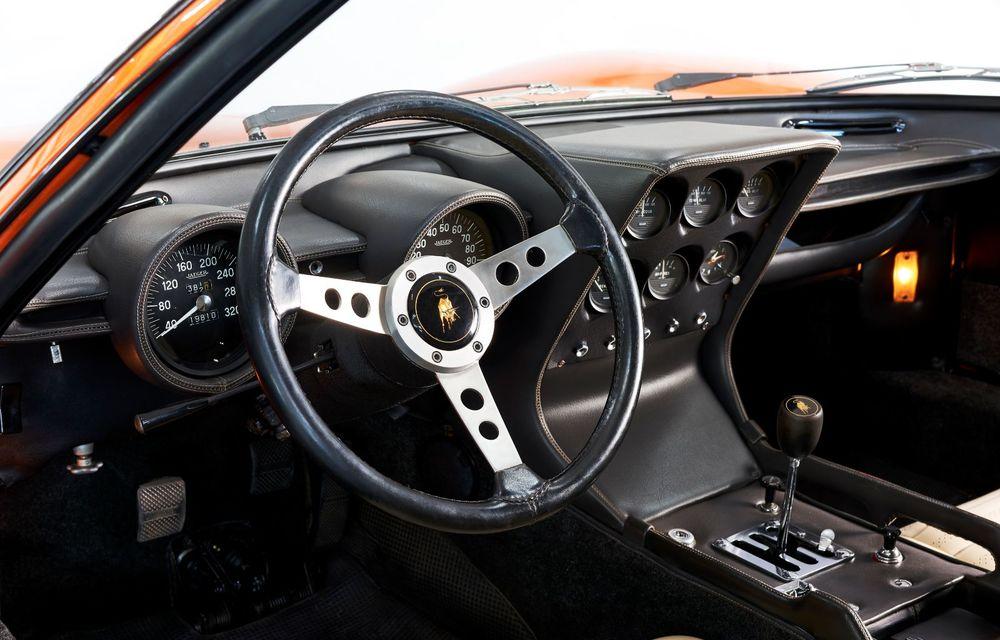 Vedetă cu acte în regulă: Lamborghini a identificat exemplarul Miura folosit în pelicula The Italian Job din 1969 - Poza 6