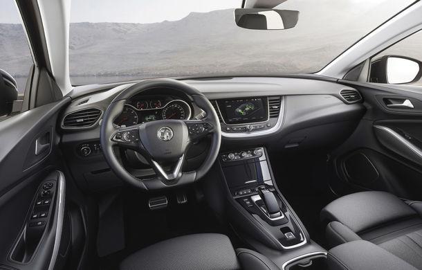 Primul model plug-in hybrid clasic de la Opel: SUV-ul Grandland X Hybrid4 are 300 CP și autonomie electrică de 50 de kilometri - Poza 12
