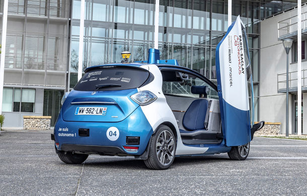 Renault lansează un experiment pentru un sistem de transport cu vehicule autonome: trei unități Zoe și un autobuz lângă Paris - Poza 3