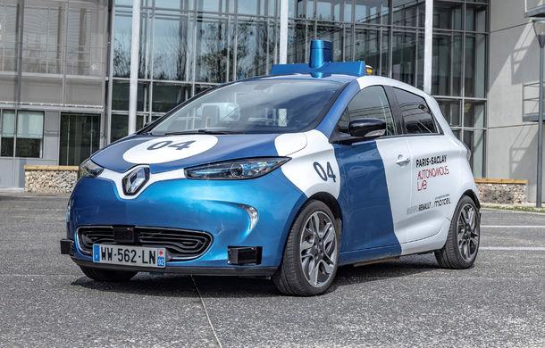 Renault lansează un experiment pentru un sistem de transport cu vehicule autonome: trei unități Zoe și un autobuz lângă Paris - Poza 7