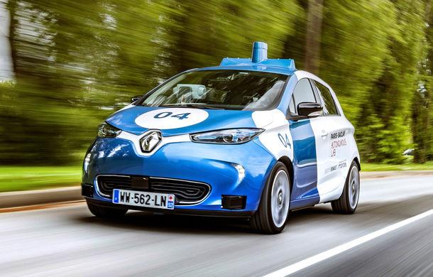 Renault lansează un experiment pentru un sistem de transport cu vehicule autonome: trei unități Zoe și un autobuz lângă Paris - Poza 1
