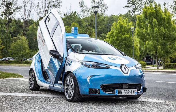 Renault lansează un experiment pentru un sistem de transport cu vehicule autonome: trei unități Zoe și un autobuz lângă Paris - Poza 9