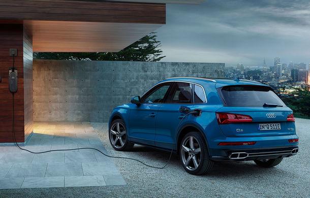 Audi Q5 primește o nouă versiune plug-in hybrid: varianta Q5 55 TFSI e quattro oferă 367 CP și o autonomie în modul electric de peste 40 de kilometri - Poza 3