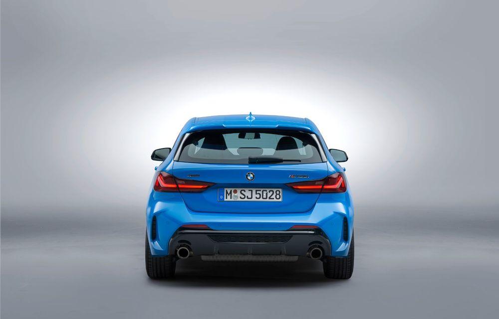 Noua generație BMW Seria 1, imagini și detalii oficiale: platformă nouă cu roți motrice față, mai mult spațiu pentru pasageri și tehnologii moderne - Poza 25